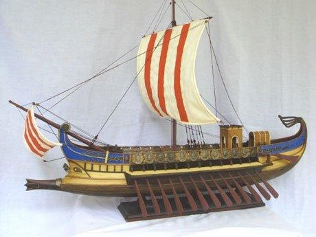 Roman_War_Ship_Handicraft.jpg