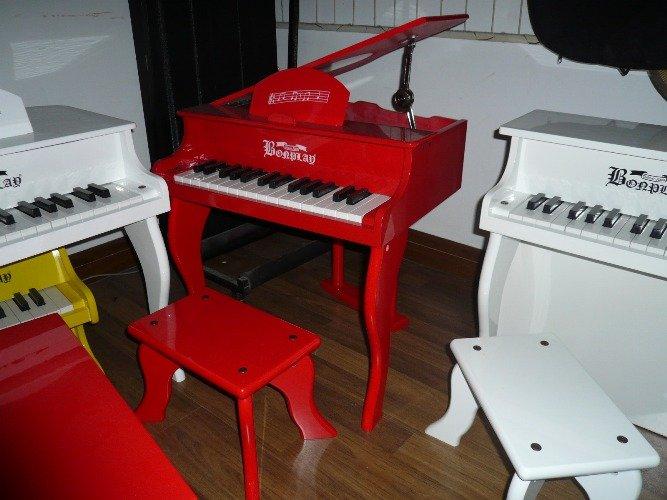 en bois piano pour enfants autres jouets loisirs id du produit 110256343. Black Bedroom Furniture Sets. Home Design Ideas