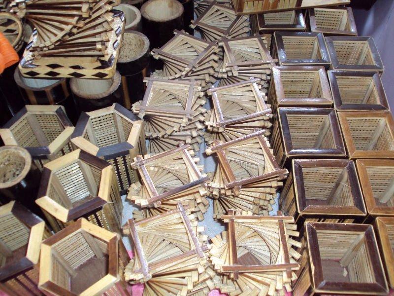artesanato de bambu para jardim:Bambu artesanato e caneta stand utilitário-Artesanato de Bambu -ID do