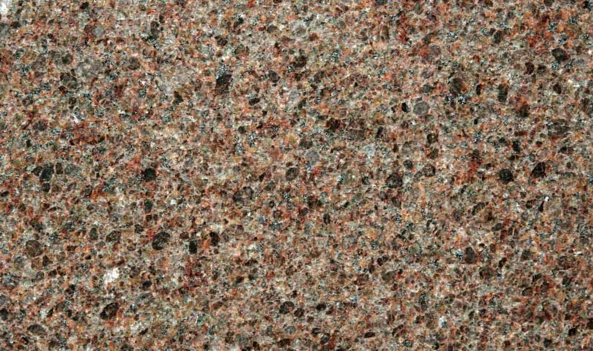 Imperial de granito de castor otra piedra de paisajismo for Proveedores de granito