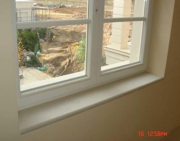 Finestra mensola davanzale altri lavori di costruzione e - Davanzale finestra ...