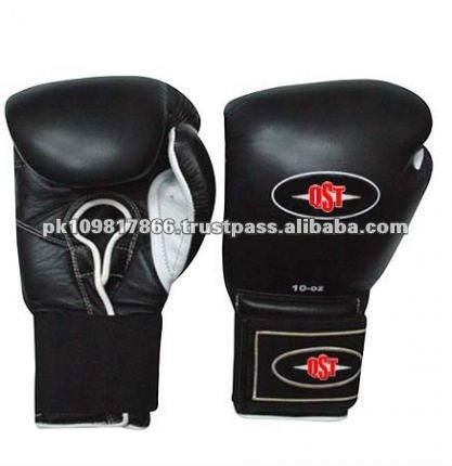 натуральной кожи боксерские перчатки. По Q.S.T INTERNATIONAL