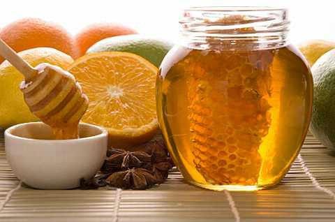 عسل النحل أفضل مادة سكرية
