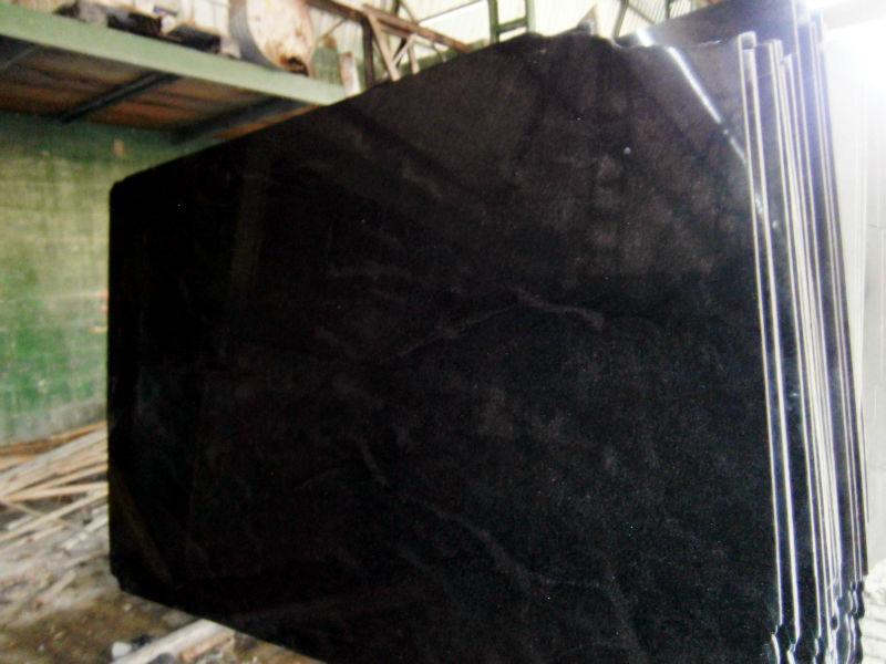 Granito negro brasile o nero orion granito identificaci n del producto 140393359 spanish for Granito brasileno