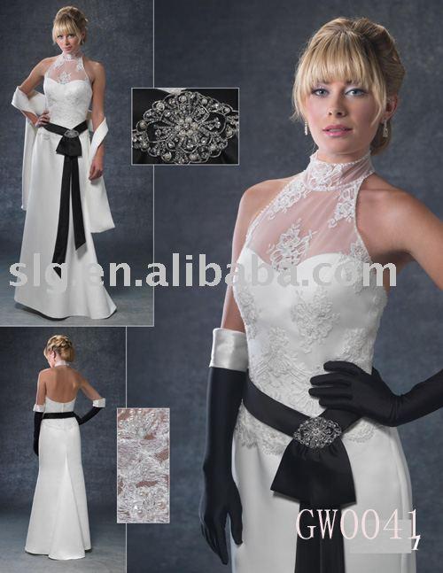 Свадебные наряды украшенные бисером