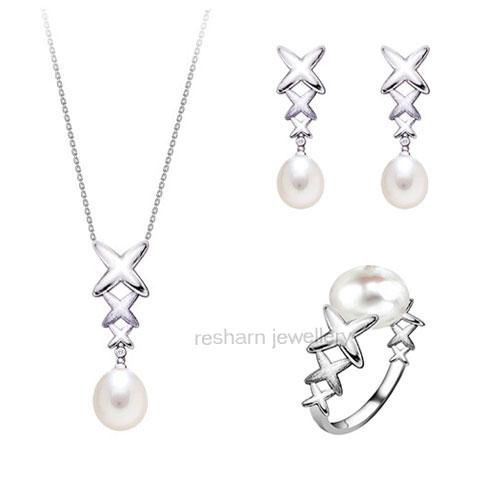 اكسسوارات روعة Silver_Pearl_Jewelry_Set.jpg