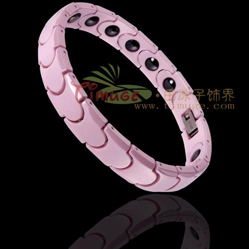 http://img.alibaba.com/photo/216245772/fashion_jewelry_bracelet.jpg
