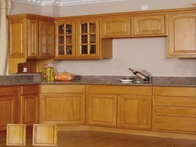 Wooden kitchen cupboards wooden cupboards in new kitchen for Gabinetes para cocina homecenter