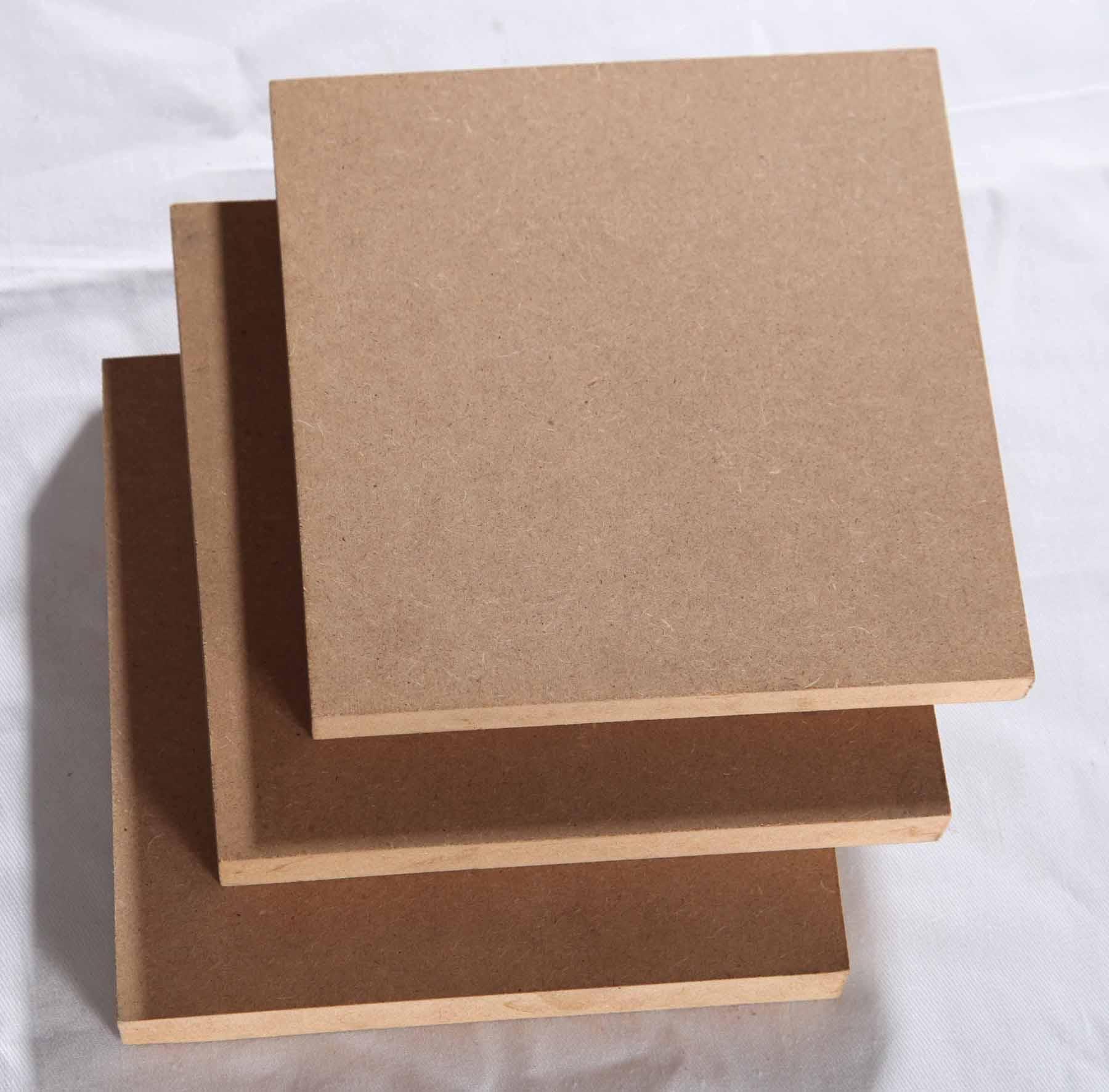 MDF: Painel de média densidade produzido com madeira reflorestada de  #966135 1800x1774