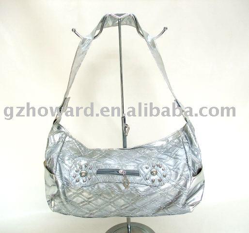 مشاركتي بمسابقة عروس جزائرنا white_noble_handbag.jpg