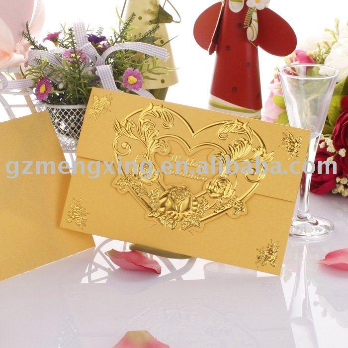 color dorado de las tarjetas de invitacion para las bodas de oro