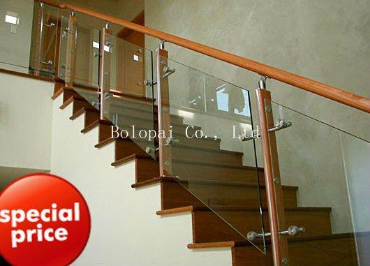 l 39 int rieur tremp verre rampe d 39 escalier verre de. Black Bedroom Furniture Sets. Home Design Ideas