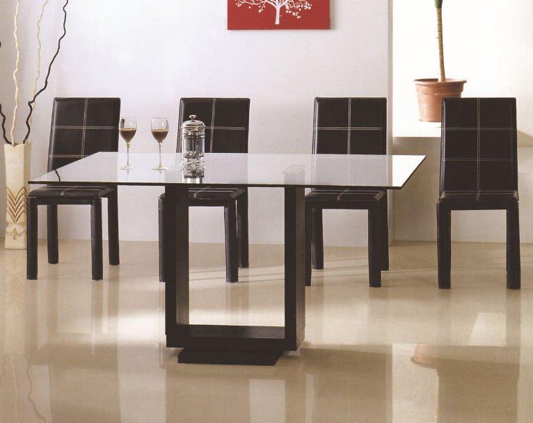 Modernos juegos de mesa comedor for Juego comedor moderno