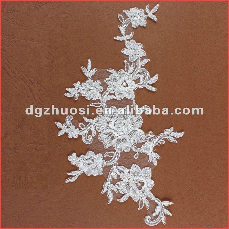 Belle dentelle broderie perlée fleur motif de dentelle
