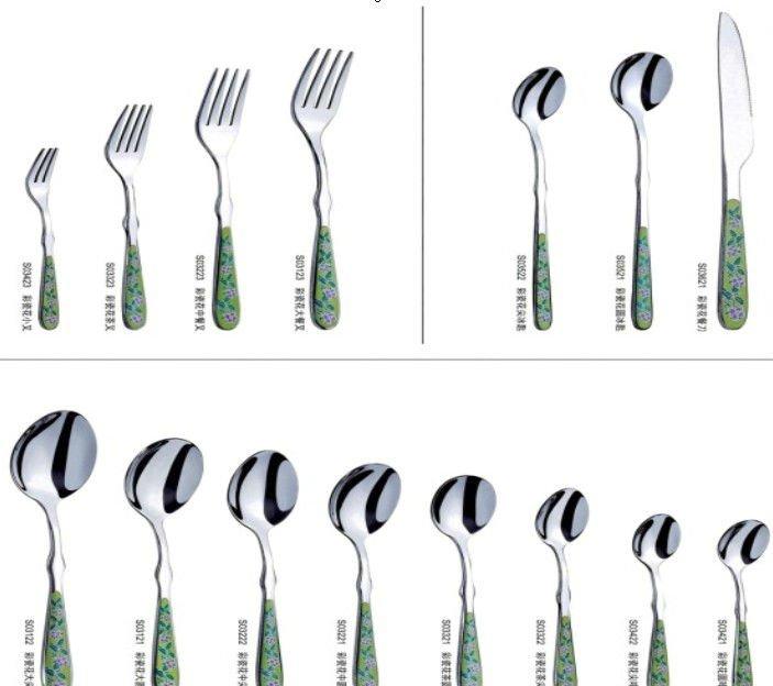 Especial restaurante mesa tenedor cuchara y cuchillo sets for Tenedor y cuchillo en la mesa
