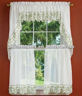 Con volantes de damasco cortinas de nivel cortinas for Cortinas con volantes
