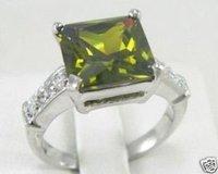 Encantadora dama de olivino elegante anillo de tamaño 7.8,9 (China (continental))