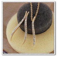 Conjunto de joyas, de cobre con oro de 18 quilates chapado, la configuración de cristal joyas, colgante y pendientes (twinset), un collar gratis (China (continental))