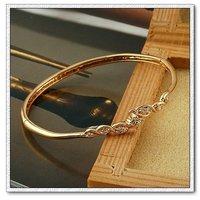 Brazalete de circonio simples, una pulsera de moda, pulseras, un brazalete de cobre con baño de oro 18k, Gastos de envío gratis (China (continental))