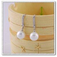 Pendientes de perlas, pendientes de cobre con platinado, circonio cúbico y aretes de perlas, Gastos de envío gratis (China (continental))