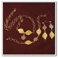 Hoja de joyería de moda conjunto, de cobre con oro de 18 quilates chapado, la configuración de bisutería, collar + pulsera + pendientes, Gastos de envío gratis (China (continental))