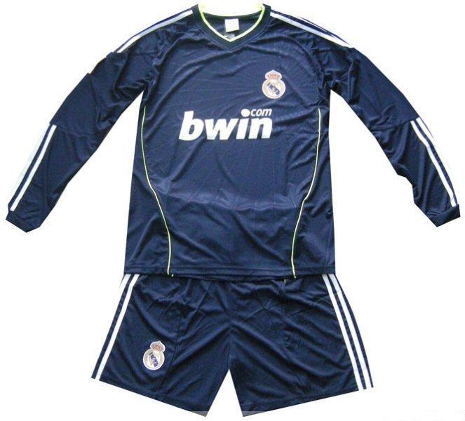 real madrid logo 2011. Real Madrid 2010/2011 Away