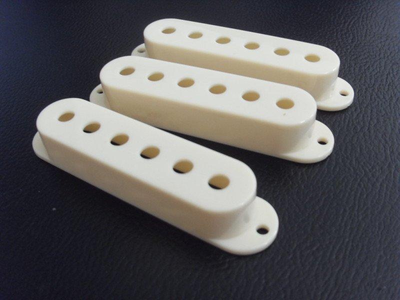 3Pcs-Strat-Stratocaster-Single-Coil-Pickup-Cover-Cream.jpg