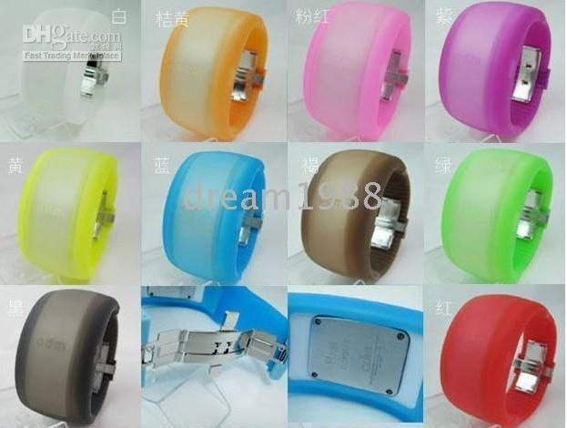 LED Digital Men Lady Bracelet Wrist Watch for ODM Fast Sample (50pcs)