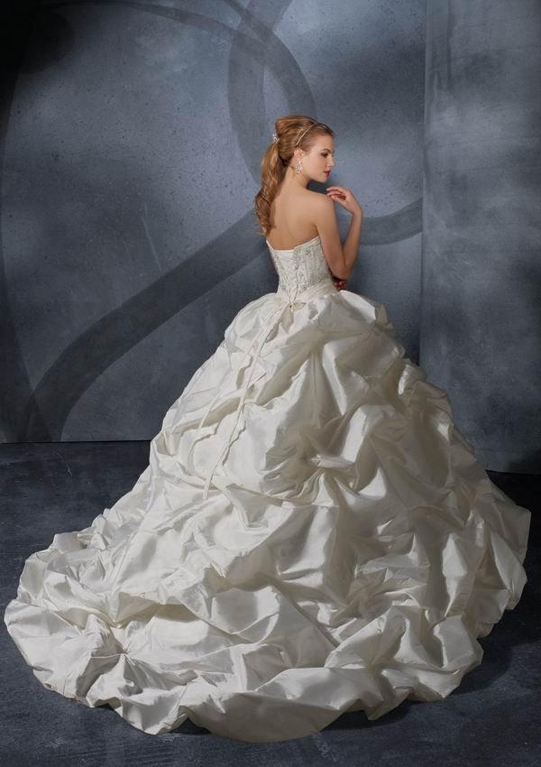 ballroom gowns wedding dresses