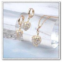 Moda cz conjunto de joyas de cobre con oro 18k, la configuración de collar de la joyería, colgante y pendientes, collar gratis (China (continental))