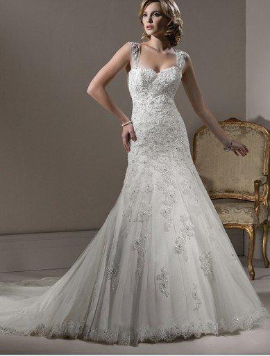 Aline gown corset closure sweetheart neckline tulle romance lace plus size