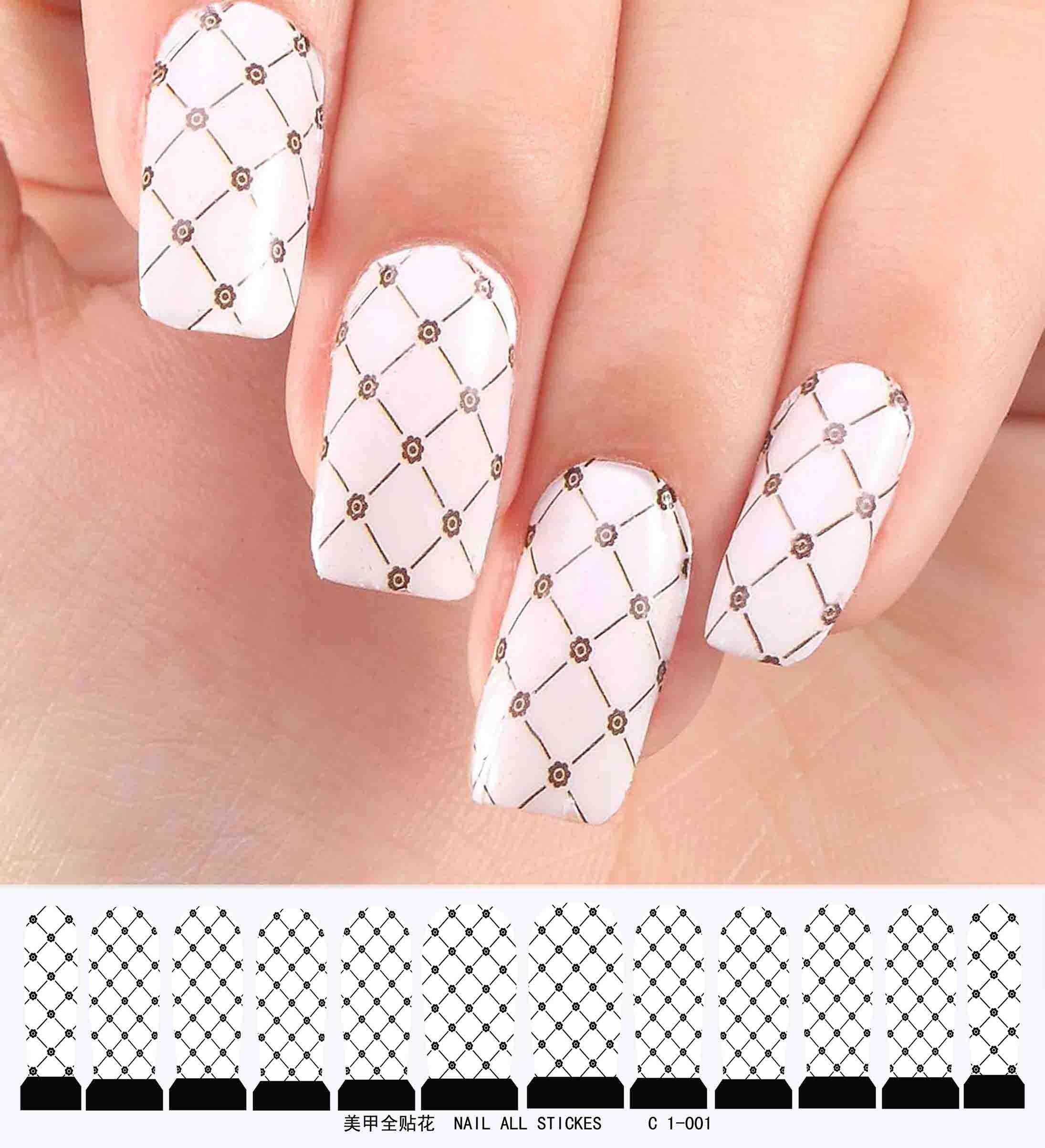 Дизайн с сеточкой для ногтей