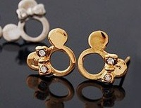 100% Genuine 18k Solid Yellow Gold Earrings,Natural Diamond Earrings.Fine jewelry,Free shipping!!!0576-2-12(China (Mainland))