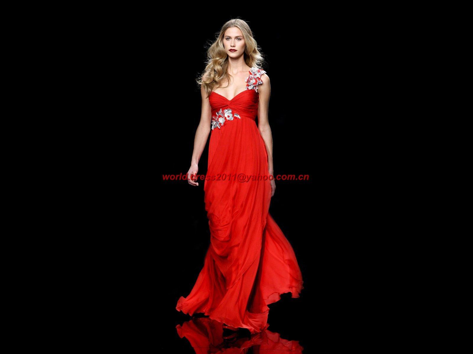 Модели платьев на девушках