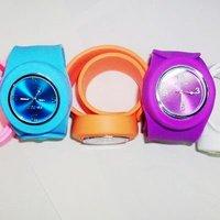 Наручные часы Hones 50 23cmx2.0cm