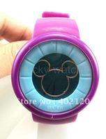 Envío gratis Cena nueva calidad Micky reloj deportivo, reloj de pulsera, de hombres y una mujer reloj (China (continental))