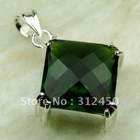 Suppry moda envío gratis de joyería de plata colgante de piedras preciosas Peridot natrual LP0445 (China (continental))
