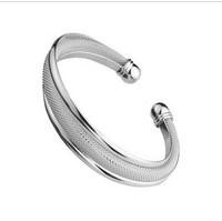 Серебряные браслеты и браслеты