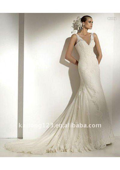 Sexy Vneck trumpet lace elegant bridal gown US 15300 US 16200 piece