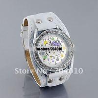 Наручные часы M752 Kitty Design Black Round-Tone Case Black PU Leather Strap Analog Watch with Diamonds