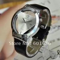 Наручные часы Fashion Woman Quartz Watches Leather Clocks Jewelry Watch Casual Lady Wristwatches Sports Wrist New