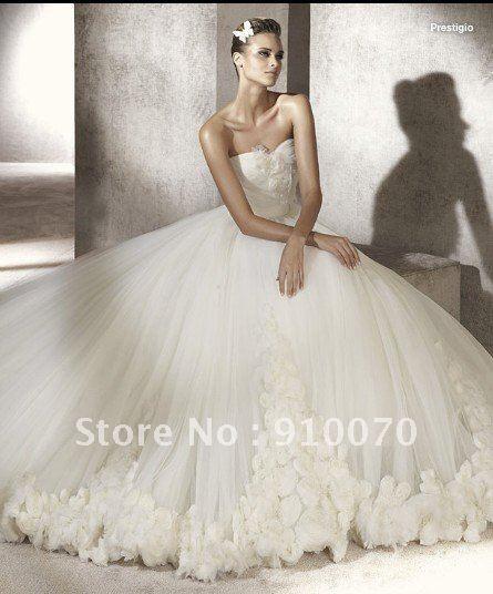 White Organza Flowered Court Train Fashion Ball Gown Wedding Dress